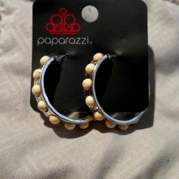 Paparazzi hoop earrings
